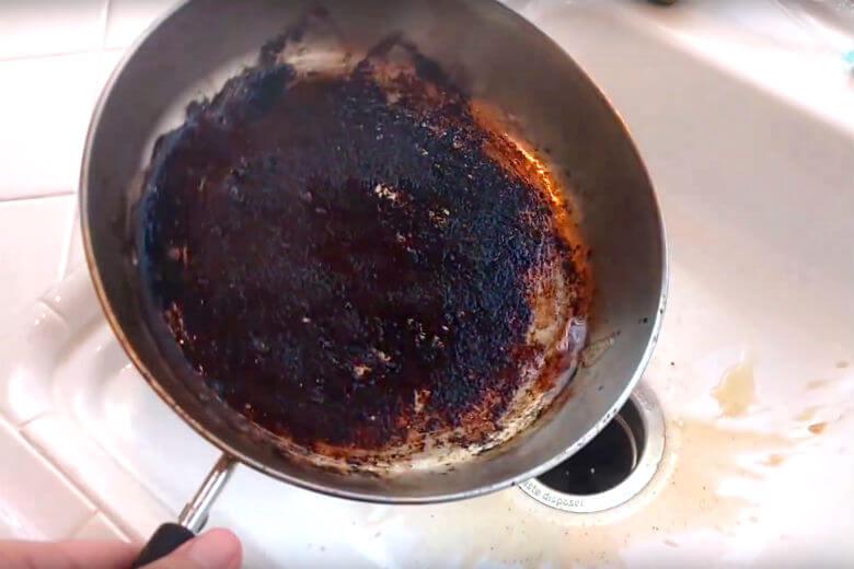 aangebrande pan
